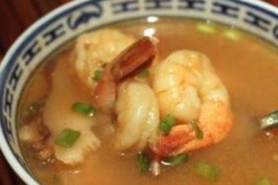 Consommé aux crevettes recept